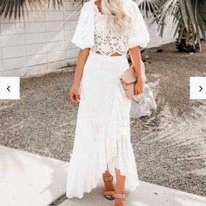 High low white islet skirt